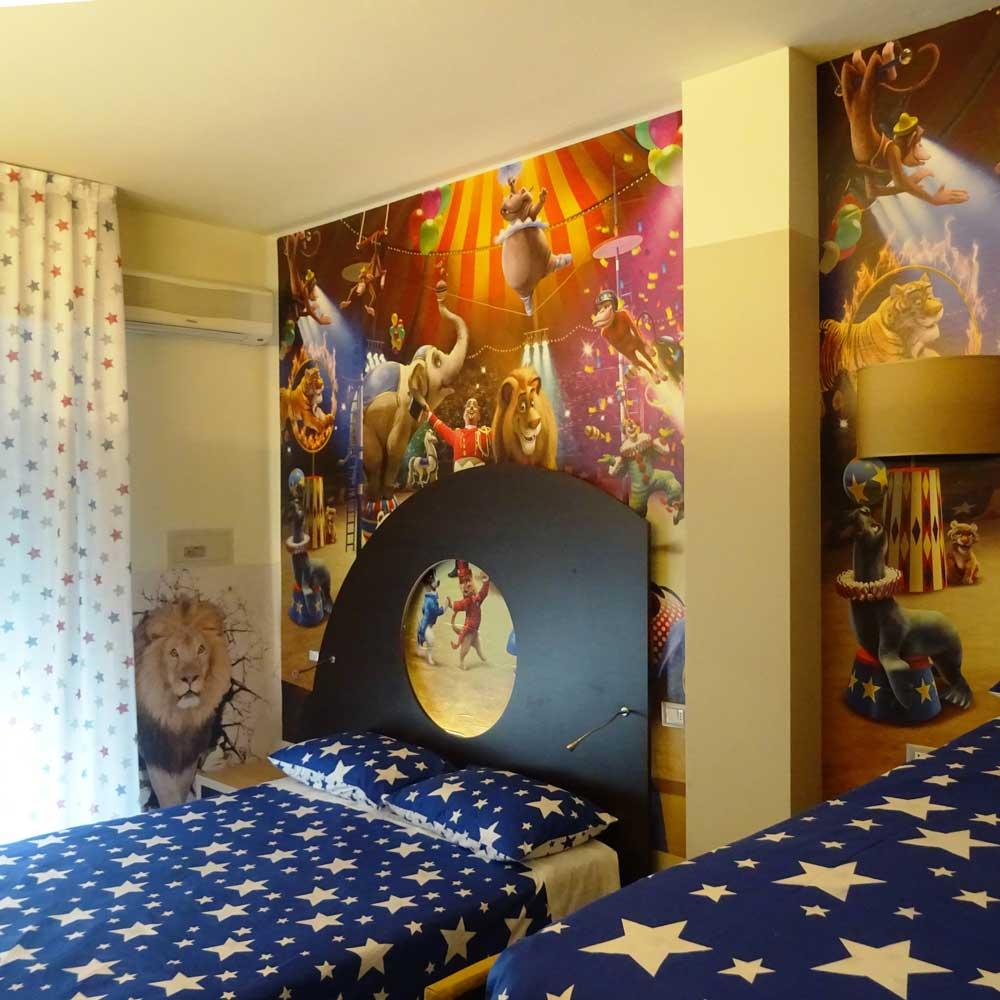 Camere a tema fantasy camere arredate con fantasia hotel sorriso - Alberghi con camere a tema ...